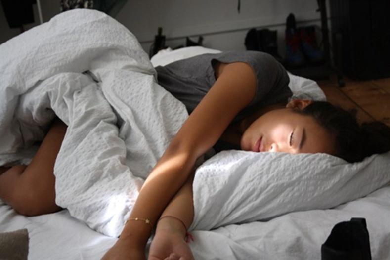 Шөнийн турш хэрхэн тайван нойрсох вэ?