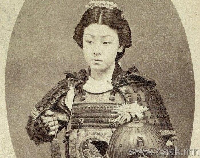 Эмэгтэй самурай
