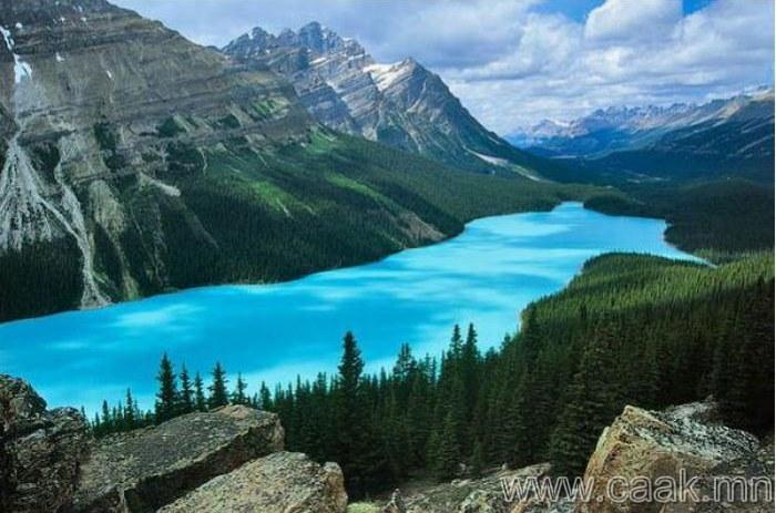 3 сая гаруй нууртай Канад улс.