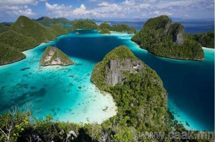 17500-гаран аралтай улс-Индонези