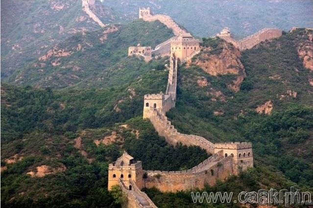Хятадын цагаан хэрмийг сансраас харж болно.
