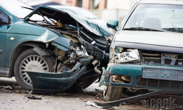 Ядуу хүн зам тээврийн ослоор нас барах нь их