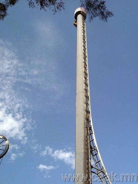 Tower of Terror /Аймшгийн цамхаг/: дэлхий дээрх хамгийн хурдан хамгийн єндєр тэгш аялал