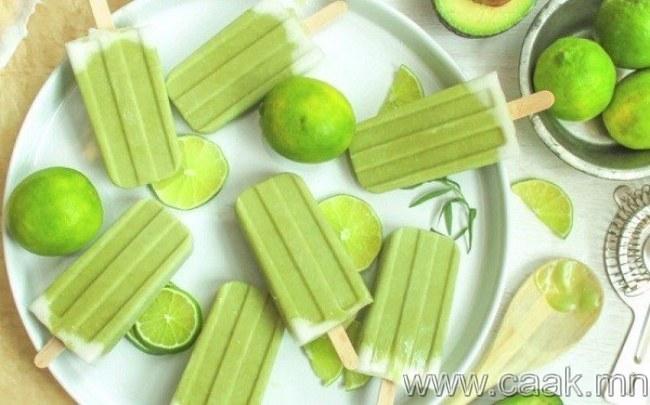 Авокадо, нимбэг, кокосын сүү