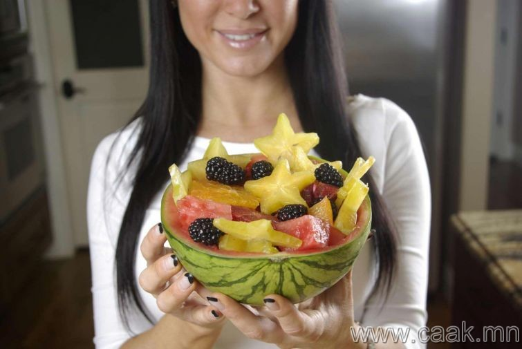 Шингэн ихтэй жимс идэх