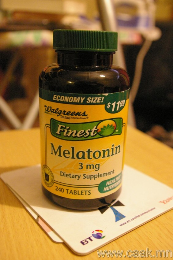 Мелатонинаа нэм