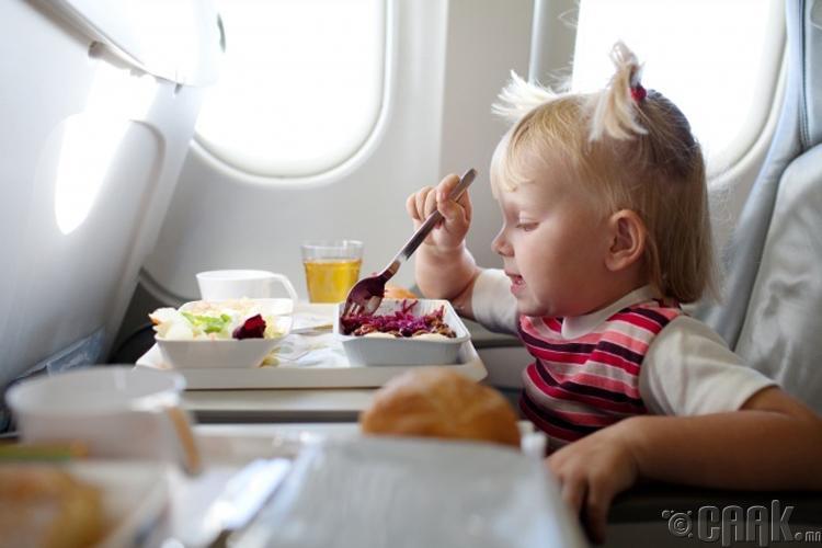 Онгоцны хоол амтгүй байдаг шалтгаан