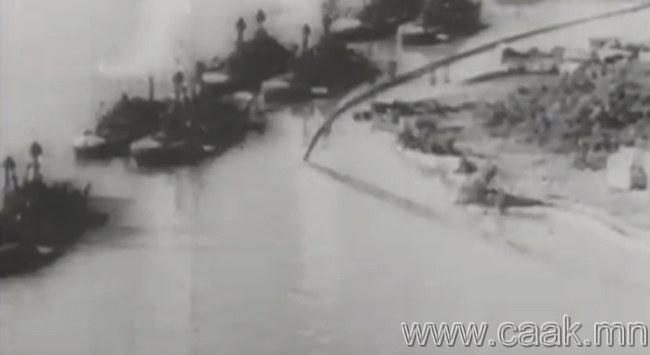 Пёрл Харбор дахь АНУ-ийн флотийг бөмбөгдсөнөөр Америкчууд дайнд орсон