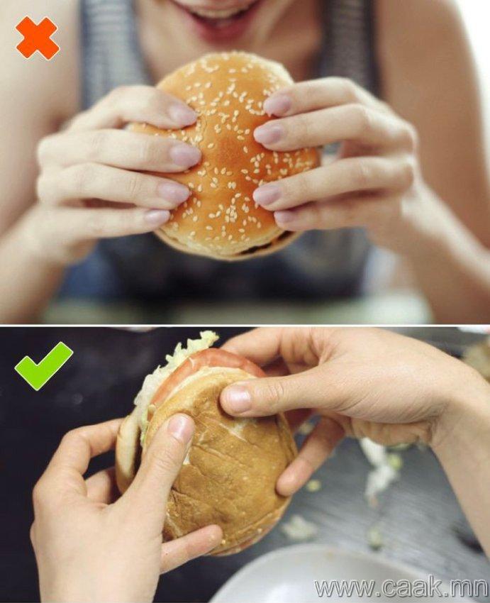 Бургерийг хэрхэн зөв идэх арга