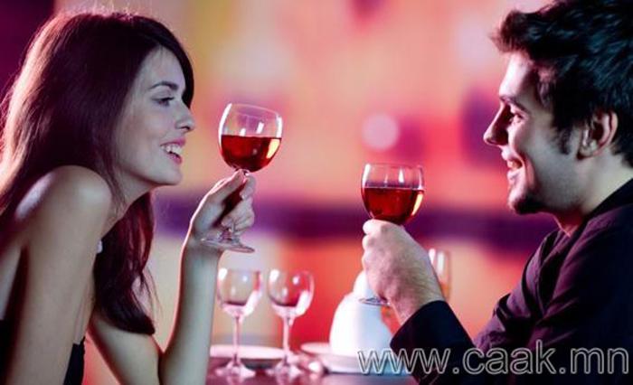 Ижил өндөртэй эрэгтэй эмэгтэй хүмүүст согтууруулах ундаа ижил үйлчилнэ