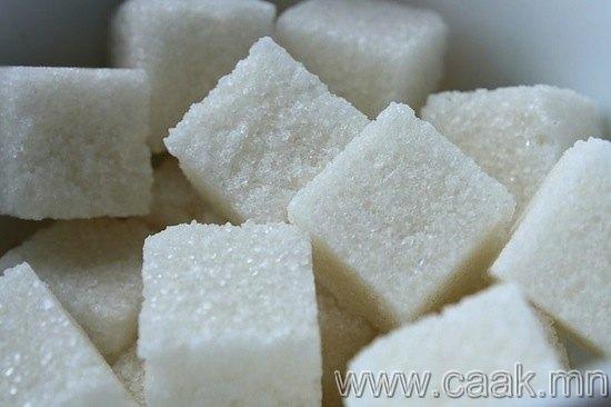 Сахар хүүхдийг хэт хөдөлгөөнтэй болгодог.