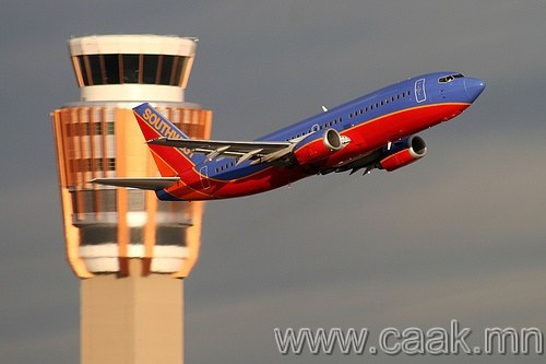 Southwest Airlines мэт эелдэг, найрсаг байх