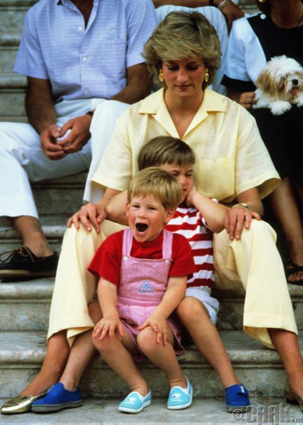 1987 оны 8-р сар