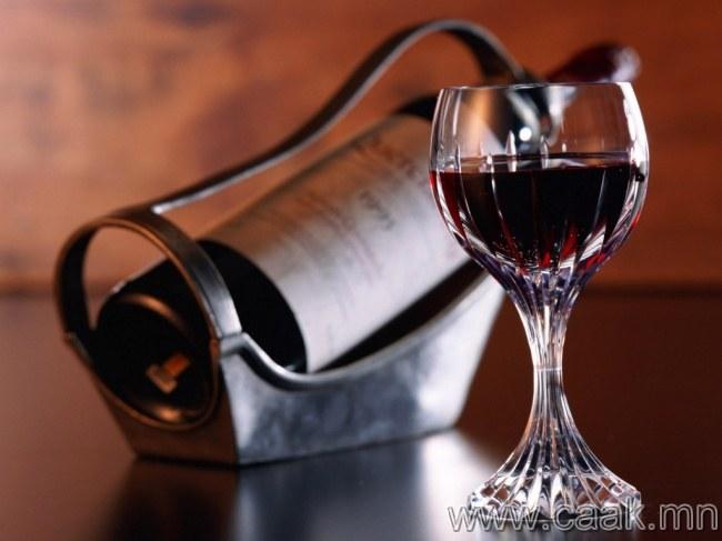 Ямар дарс гэрт чинь байгааг мэдэхгүй мэт царайл