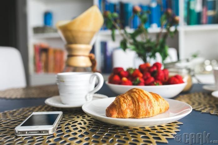 Даваа гарагт идэх өглөөний цайгаа бэлтгэ