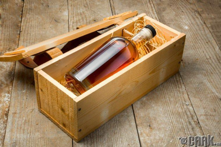 Филиппин: Тандуая Рам дарс (Tanduay Rum)