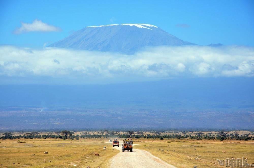 """""""Kilimanjaro"""" уул, Танзани улс"""