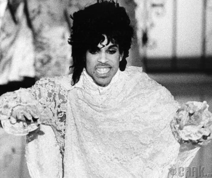 Дуучин Prince хэдийгээр бурхны оронд заларсан ч бидний сэтгэл зүрхэнд үүрд үлдэх болно.