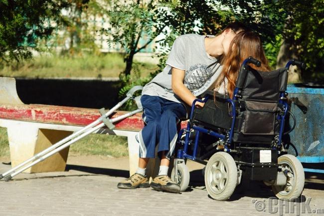 Хайр дурлалд хязгаар гэх ойлголт огтхон ч тохирдоггүй юм. Чин зүрхний жинхэнэ хайр мөн л бол шүү дээ.