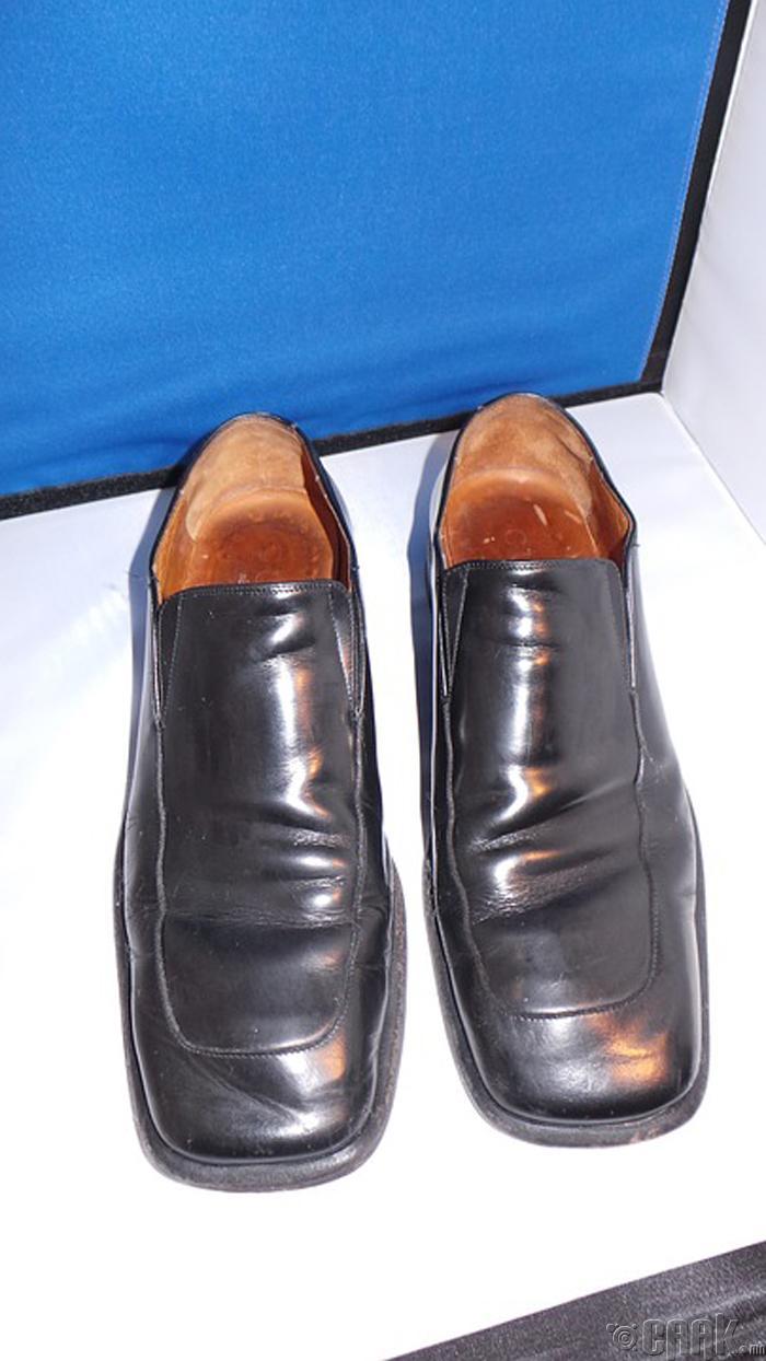 Дөрвөлжин хоншоортой гутал