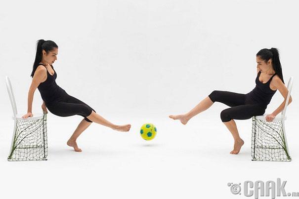 Хөл бөмбөг тоглох сандал