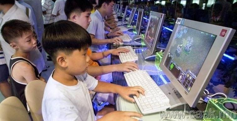 Өмнөд Солонгос: Шөнө дундаас хойш онлайн тоглоом тоглох