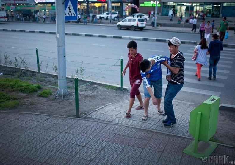 Монгол хүүхдүүд, 2019 (Тайлор Вайдман)