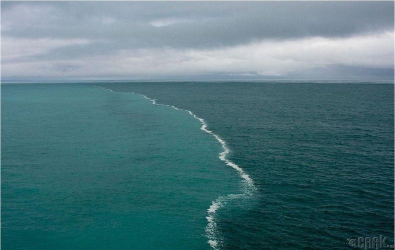 """Дани улсын Шкаген мужийн ойролцоо Балтийн тэнгис болон Хойд тэнгисийн энэхүү гайхалтай """"зааг"""" байдаг"""