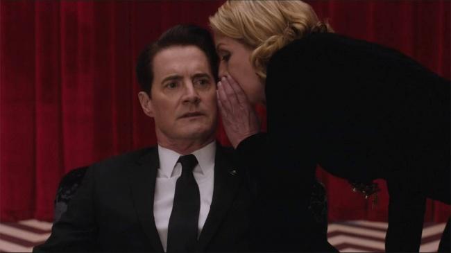 """""""Twin Peaks"""" олон ангит киноны 3-р улирал"""