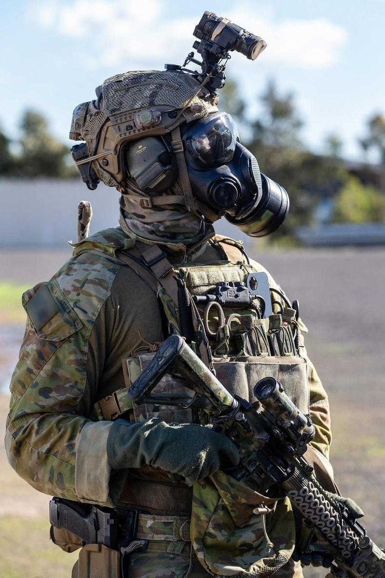 Австралийн армийн 2-р командын хүчний цэрэг терроризмын эсрэг сургуулилтын үеэр