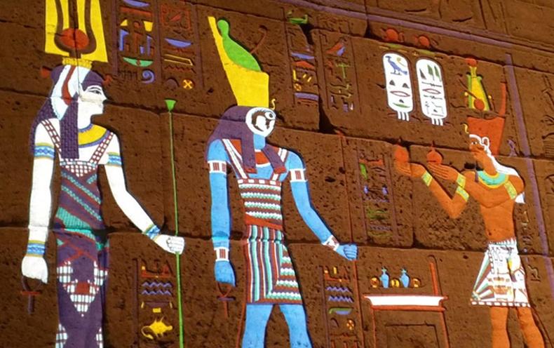 Эртний Египетийн ханын зураг анхандаа ийм өнгөтэй байжээ