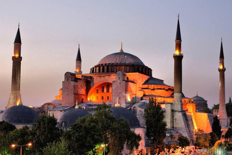 """""""Hagia Sophia"""" цогчин дуган"""