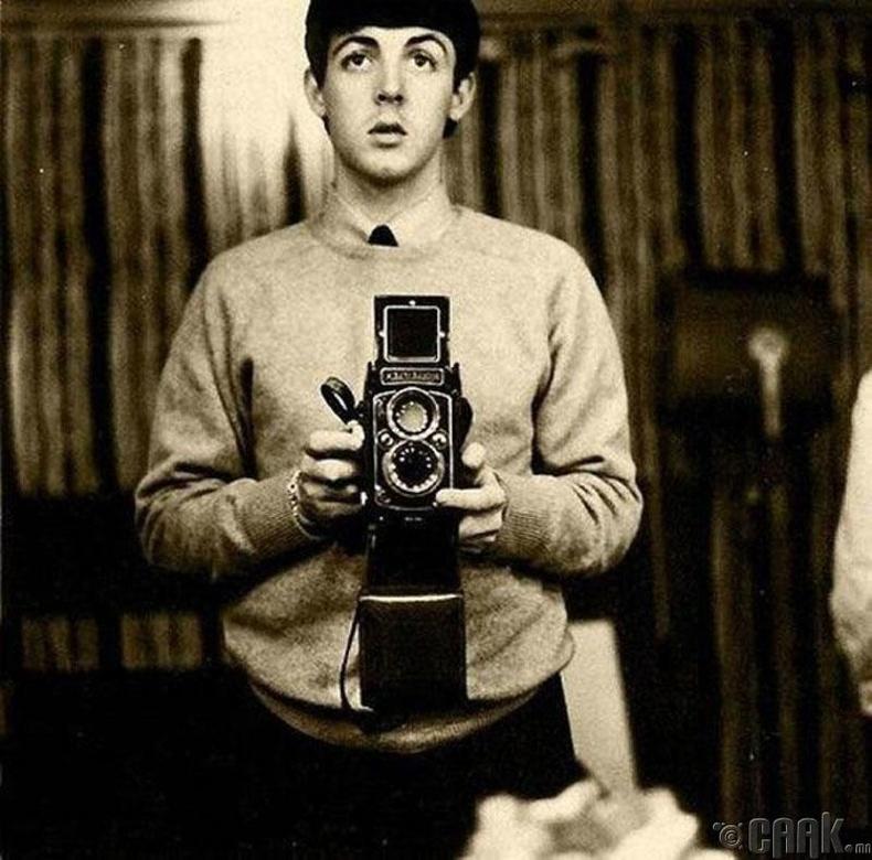 Битлз хамтлагийн гишүүн Пол Маккартни (Paul McCartney) - 1959