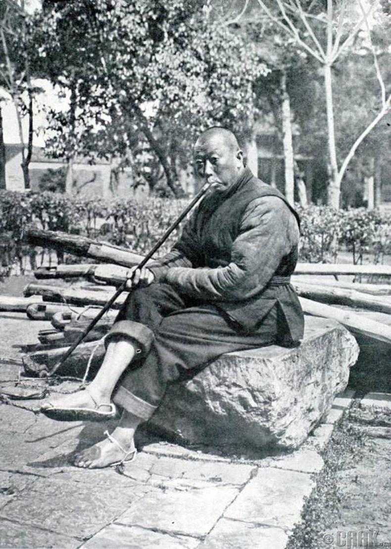 Гудманд опиум татаж буй иргэн, Ханжоу, 1927