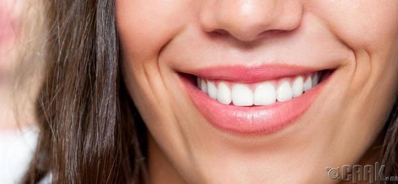 Инээмсэглэ