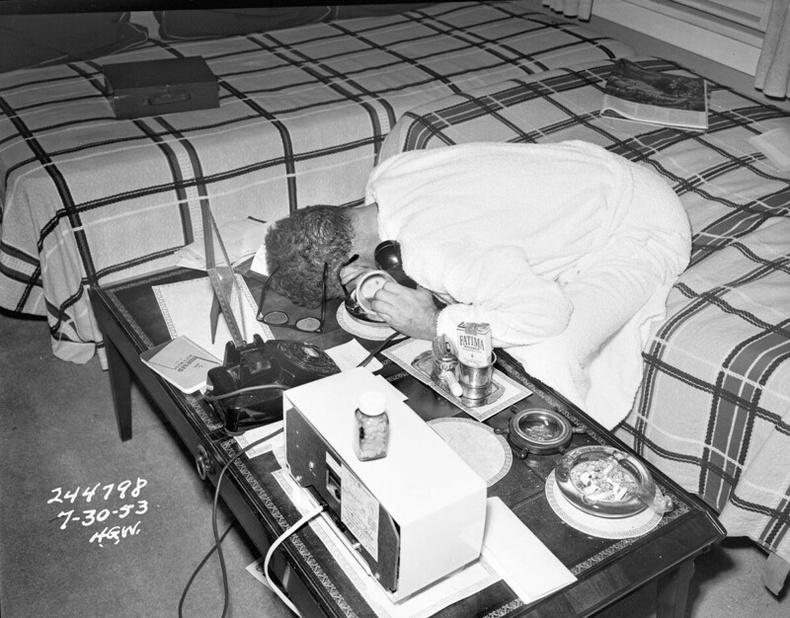 Байран дахь үхэл, 1953