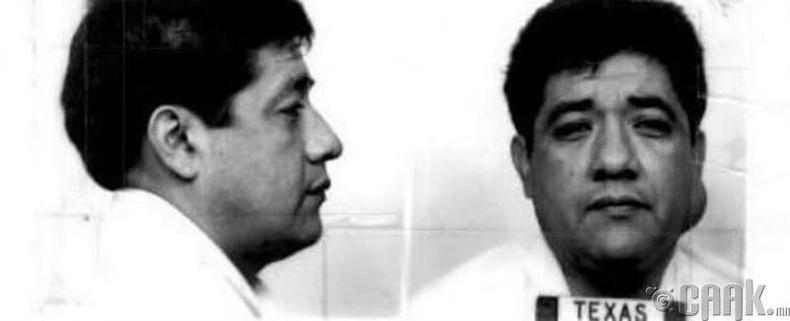 Жон Аволас Алба (John Avolas Alba)