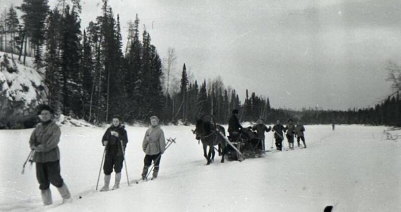 Сураггүй алга болсон Дятловын аяллын багийн сүүлчийн зураг - 1959 он