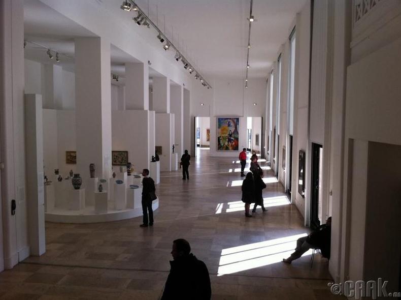 Парисийн орчин үеийн урлагийн музей