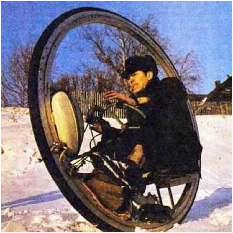 Эдуард Мельниковын 60 км/ц хүртэл хурдлах чадвартай интроцикл , 1976 он.