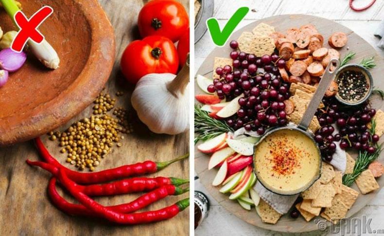 Хүчиллэг, халуун ногоотой хоол унднаас татгалз