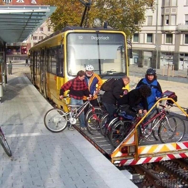 Трамвайд унадаг дугуйгаа авч орох хэрэгтэй хүмүүст зориулжээ