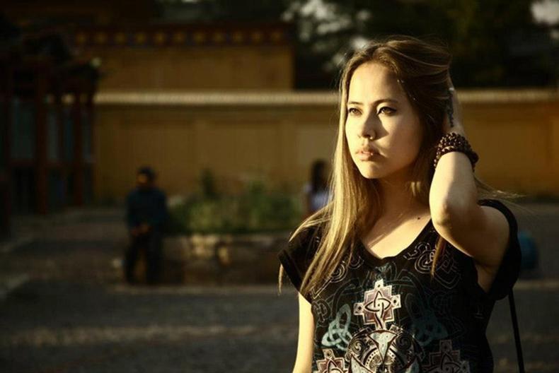 Монголын үзэсгэлэнт охид (100 фото) №127