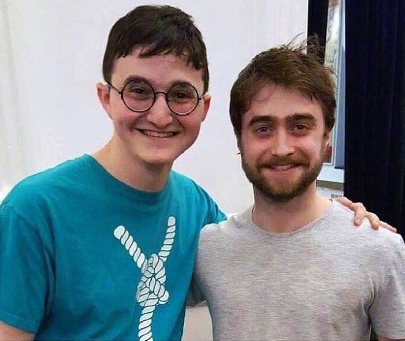 """""""Хүү маань Харри Поттероос өөрөөс нь ч илүү Харри Поттертой адилхан харагддаг"""""""