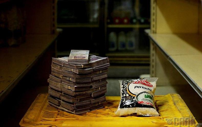 Нэг кг цагаан будаа - 2.5 сая боливар буюу 35 цент