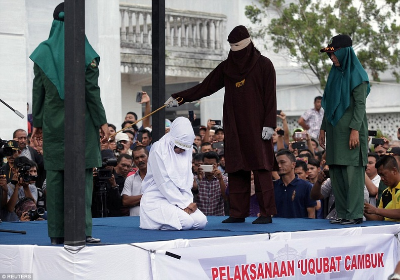 Индонез улсын одоог хүртэл мөрдөж ирсэн харгис шийтгэл