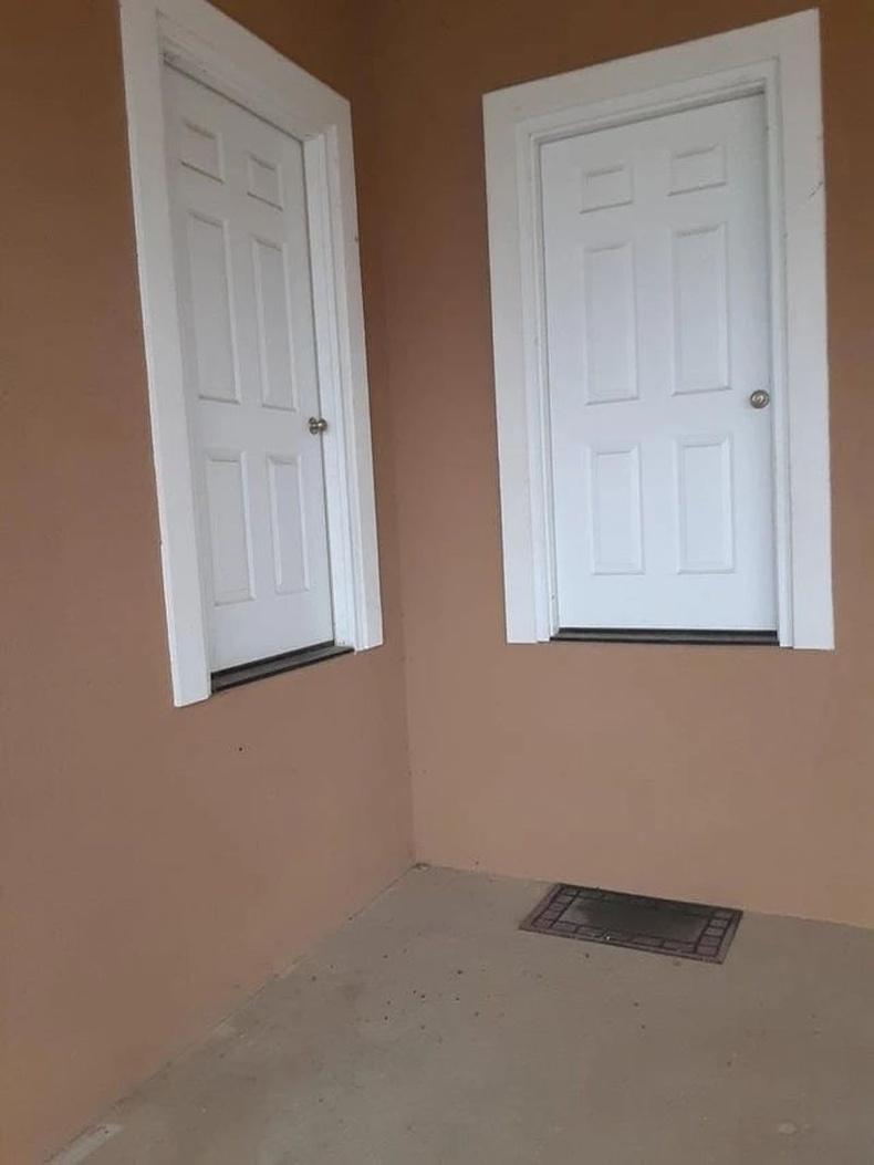 Агаарт хөвөгчдөд зориулсан хаалга