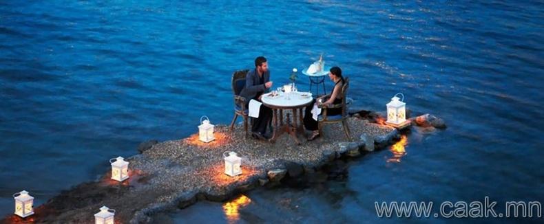 Грекийн бяцхан хагас арал.