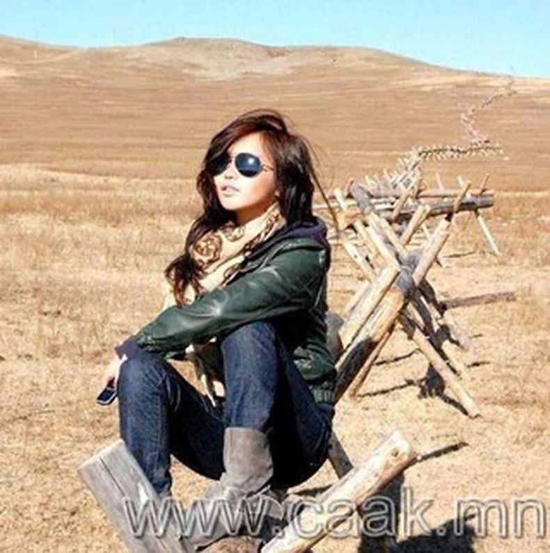 Монголын үзэсгэлэнт охид (105 фото) №120
