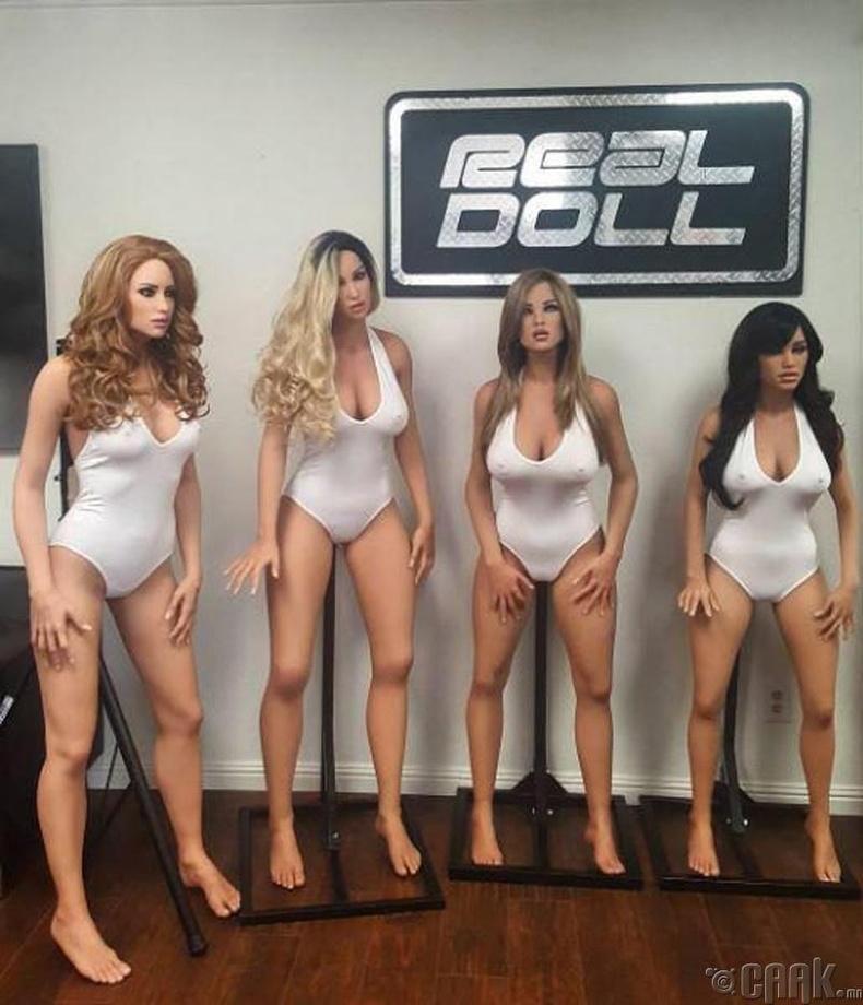 """Reel Doll"""